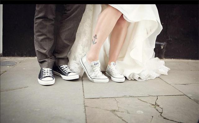 converse wedding image