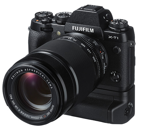 Fuji-XT1_Front-Left_VerticalGrip_55-200mm_WhiteBK