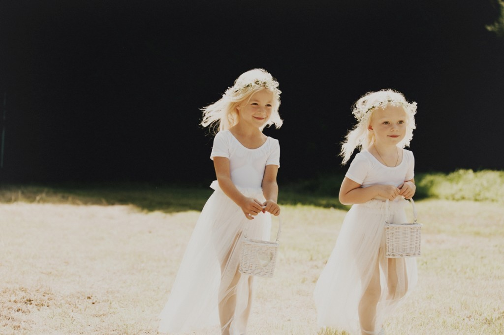 Logan-Cole-Photography-Samuel-Hildegunn-Taipale-wedding-france-00901-1024x682
