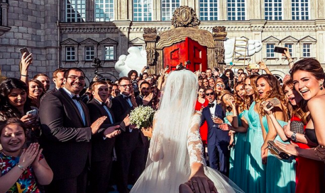 #FollowMeTo Instagram Photography Duo Gets Hitched