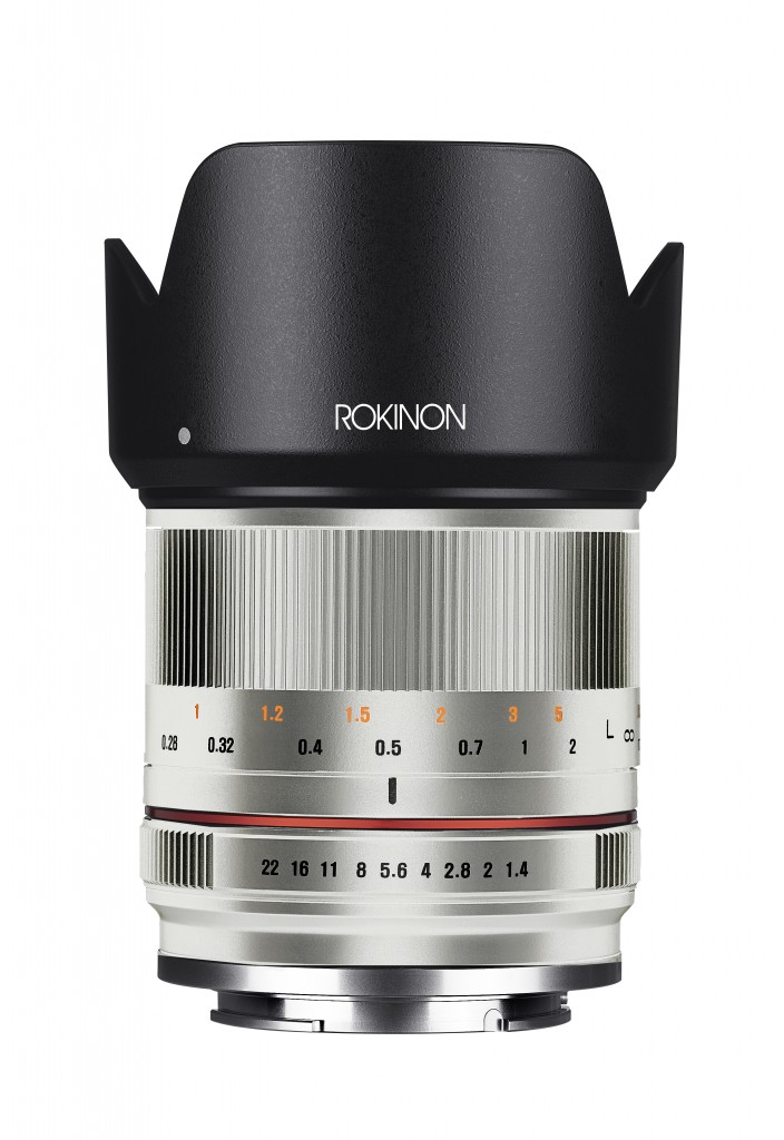 21mm F1.4 - 1 front silver