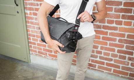 Is This the Ultimate Messenger Bag? [Tech Tuesday]