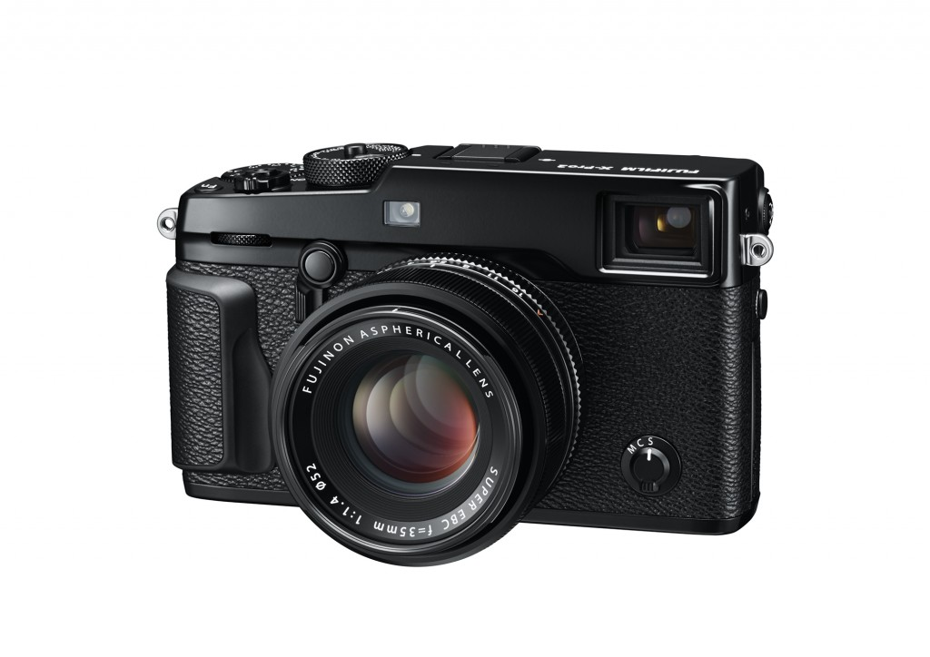 09_X-Pro2_BK_FrontLeft_35mmF1.4