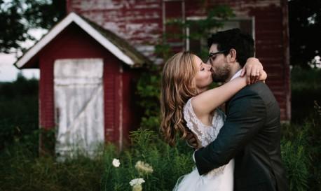 Bilingual Backyard Blowout, Captured by Jonas Seaman Photography [RF Wedding of the Week]
