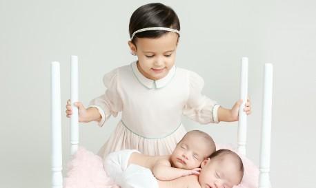 WPPI Sneak Peek: Newborn Portrait Photographer Ana Brandt to Offer Hands-On Workshop