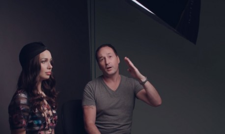 How to Light Dynamic Beauty Shots When You Don't Have a Beauty Dish [RF Video of the Week]