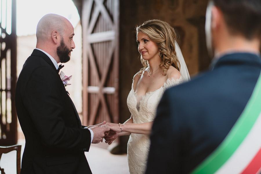 romantic-italian-elopement-in-tuscany-photographs-1063