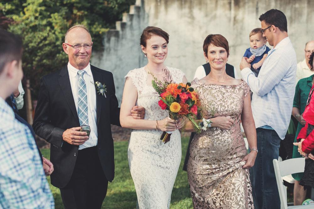 Oregon Backyard Wedding @Anne-Claire Brun 0066