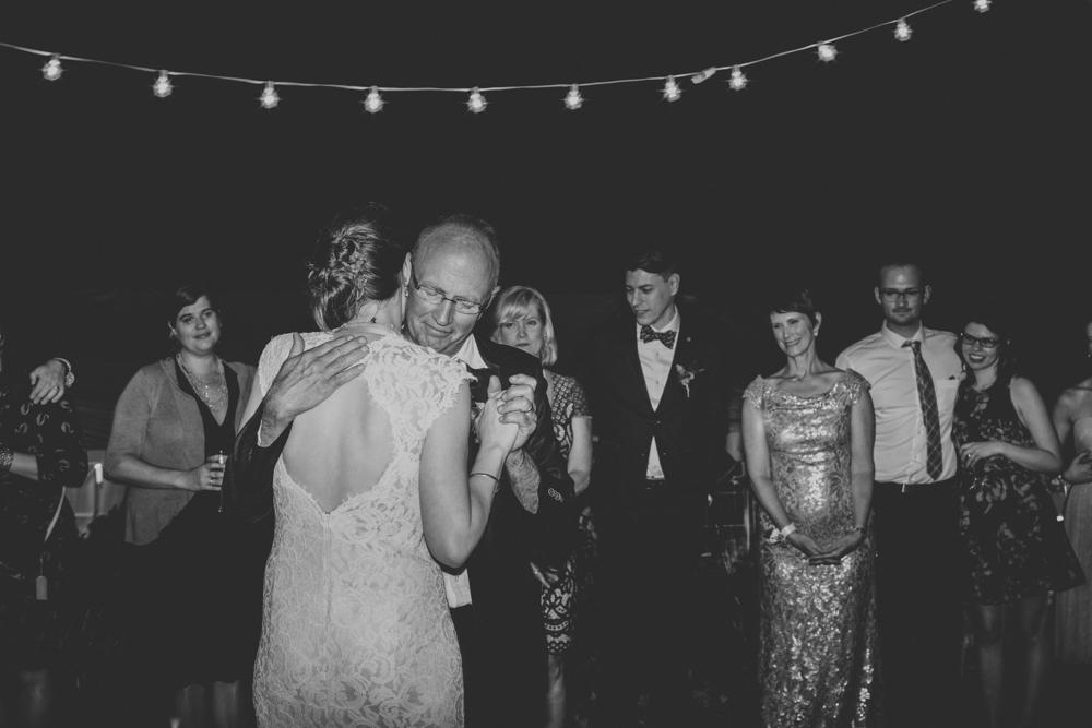 Oregon Backyard Wedding @Anne-Claire Brun 0167